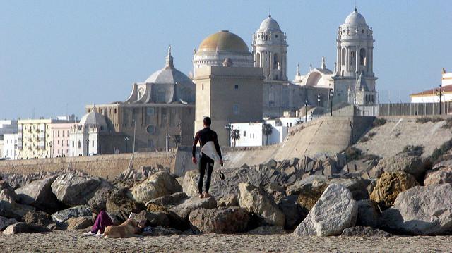 Surfing en Cádiz - que hacer en Cádiz