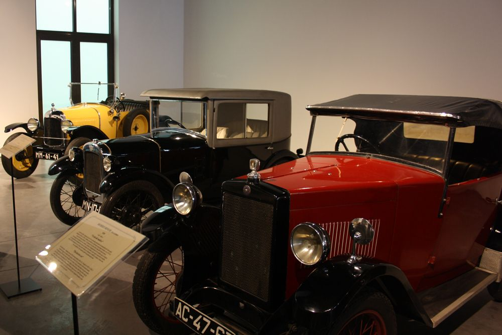 que hacer en malaga museo coches