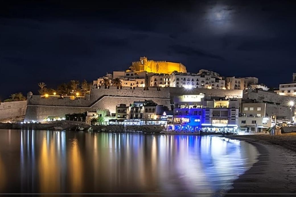Alt Peniscola_castillo_playa_Comunidad-valenciana_vacaciones, title Peniscola_castillo_playa_Comunidad-valenciana_vacaciones
