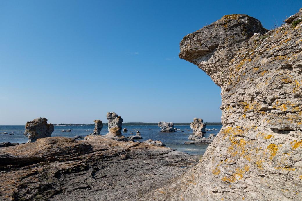 suecia-isla de faro-rocas-gotland-vacaciones-veranillo del membrillo-intercambio de casas