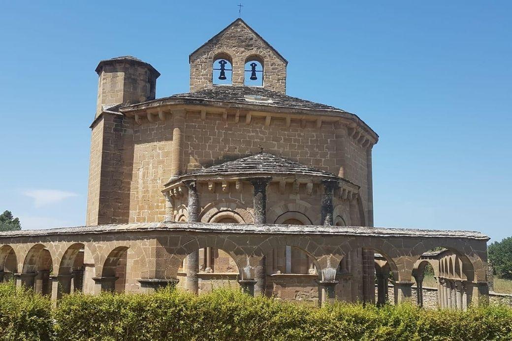 Alt Ermita-Eunate_Navarra_vacaciones_HomeExchange, title Ermita-Eunate_Navarra_vacaciones_HomeExchange