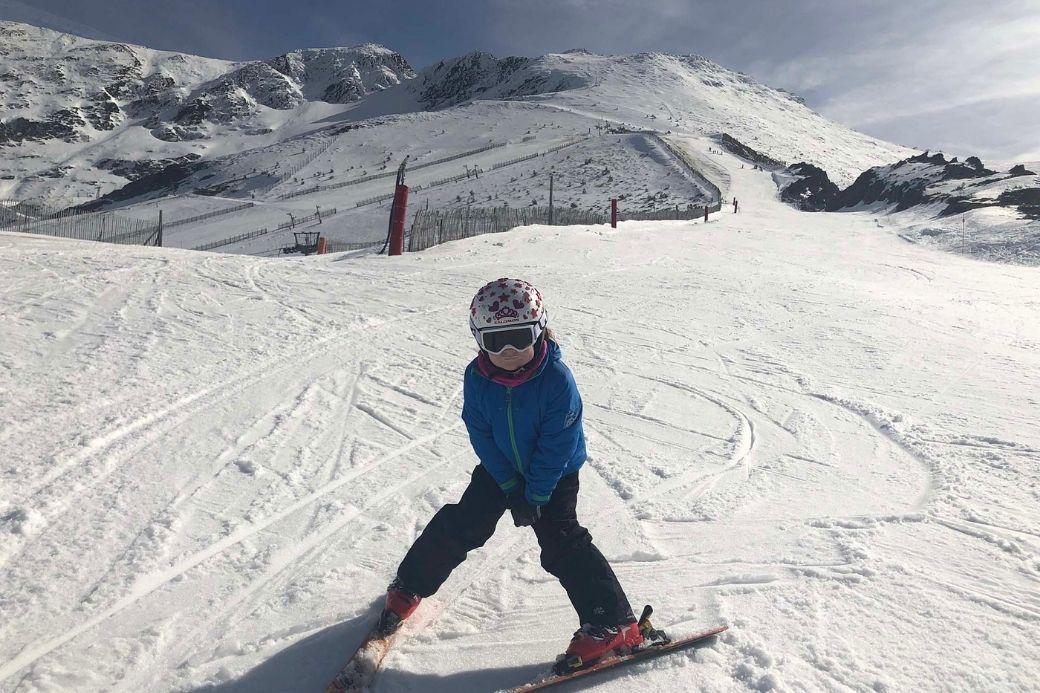 Alt esqui-nin-os-nieve-La-Pinilla_Segovia, title esqui-nin-os-nieve-La-Pinilla_Segovia