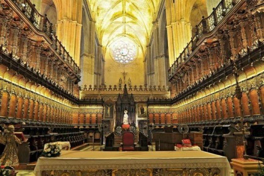 alt Catedral-Sevilla_procesiones, title Catedral-Sevilla_procesiones