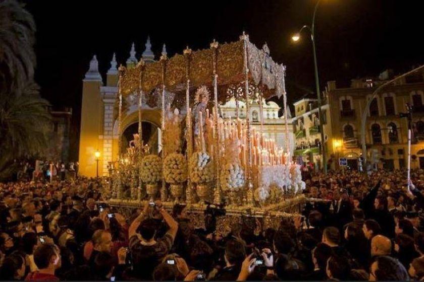 Alt Semana-Santa-SEvilla_macarena_intercambio-de-casas, title Semana-Santa-SEvilla_macarena_intercambio-de-casas