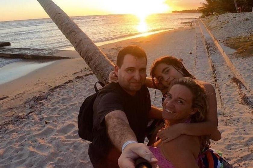 Elisabeth-invitar-amigos-HomeExchange-playa