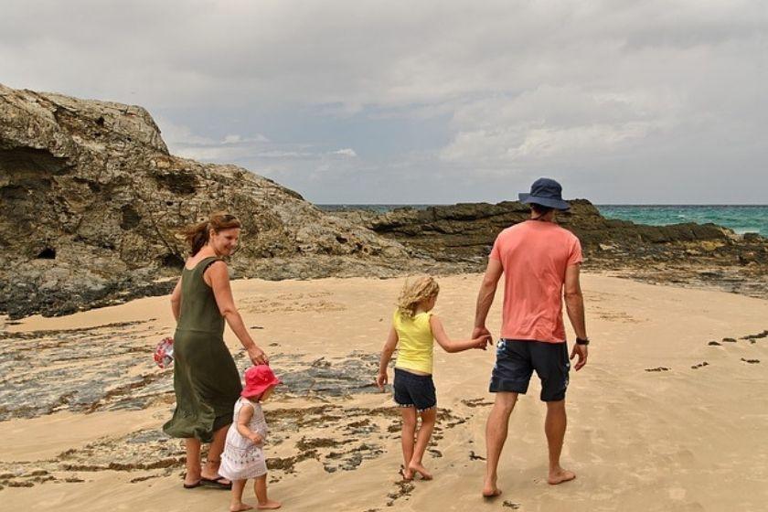 alt vacaciones-en-familia_playa_intercambio-de-casas, title vacaciones-en-familia_playa_intercambio-de-casas