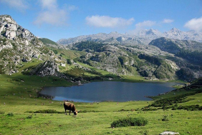alt Lagos-de-Covadonga_Asturias_intercambio-de-casas_vacaciones-rurales, title Lagos-de-Covadonga_Asturias_intercambio-de-casas_vacaciones-rurales