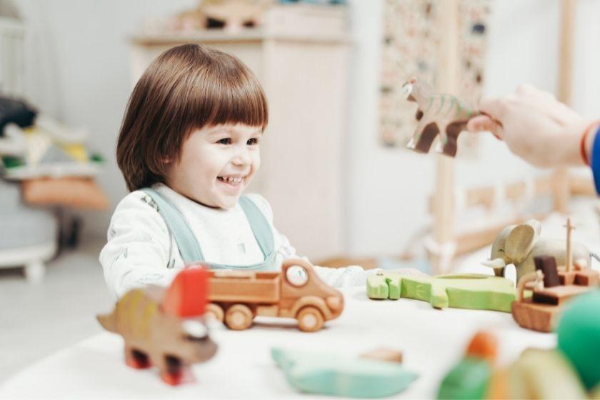 alt viajar-con-ninos_juguetes_vivir-como-un-local, title viajar-con-ninos_juguetes_vivir-como-un-local