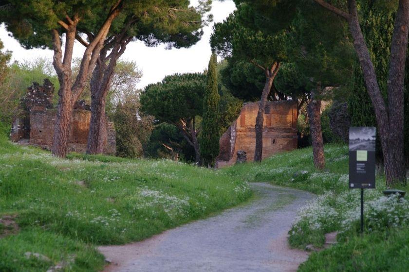 alt appia-antica_Roma_Italia, title appia-antica_Roma_Italia