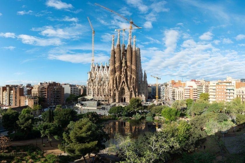 alt sagrada-familia_que-hacer-en-barcelona_intercambio-de-casas, title sagrada-familia_que-hacer-en-barcelona_intercambio-de-casas